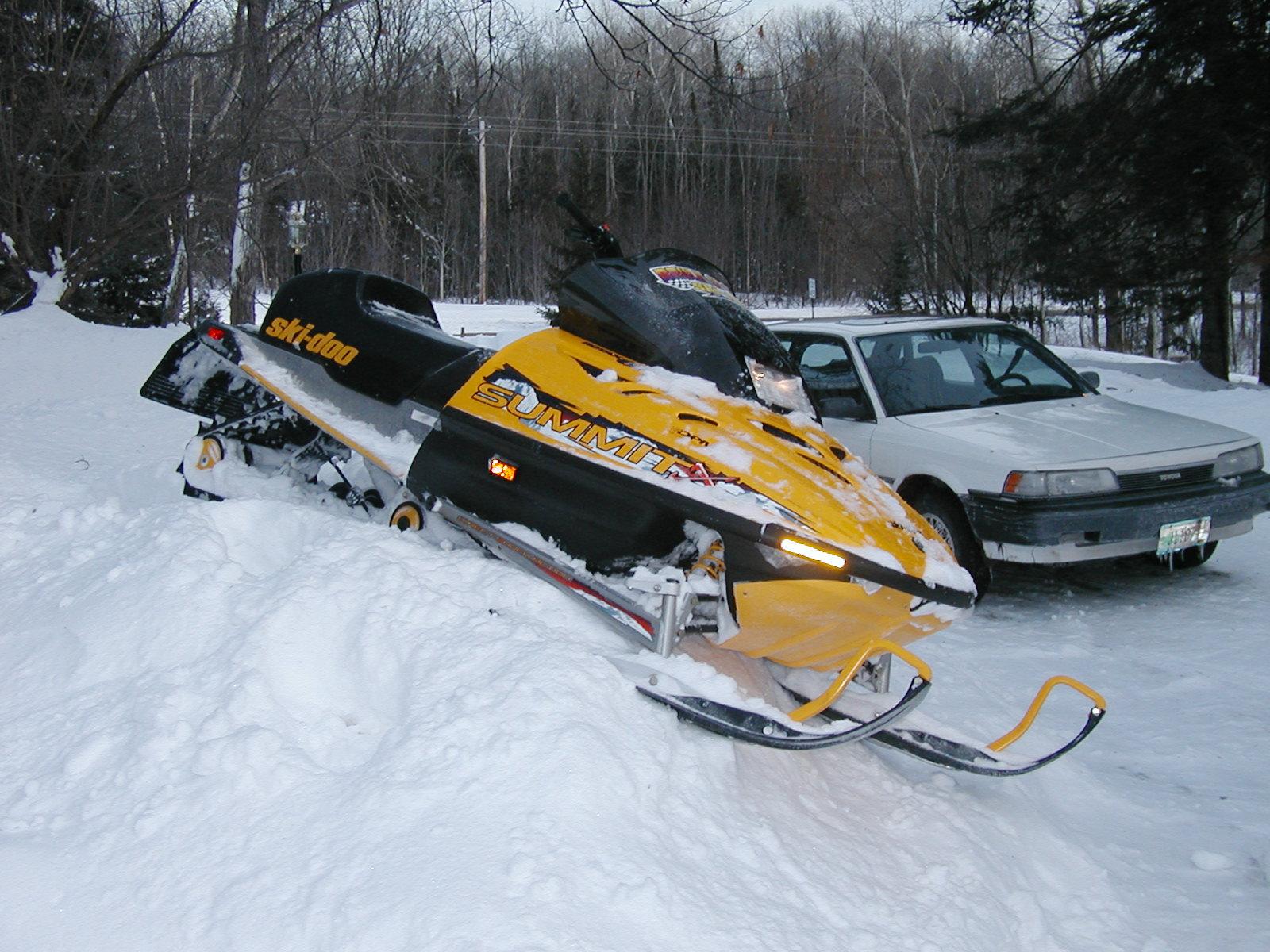 2009 Ski    doo       summit       800    horsepower cadillac